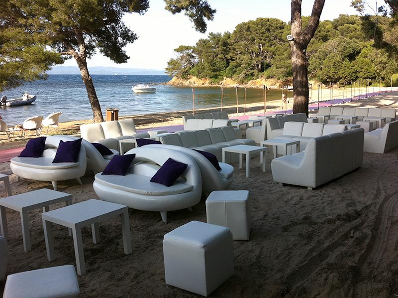 location de mobilier newloc events locations mobilier accessoires sur la c te d 39 azur. Black Bedroom Furniture Sets. Home Design Ideas